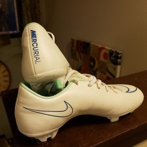 finest selection 13eb9 e2b31 Nike women's Mercurial Victory V FG soccer cleats